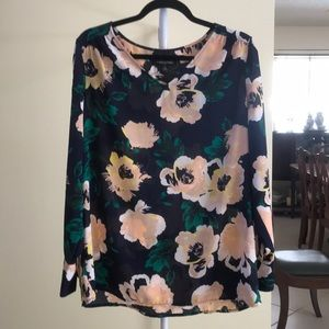 Banana Republic floral top